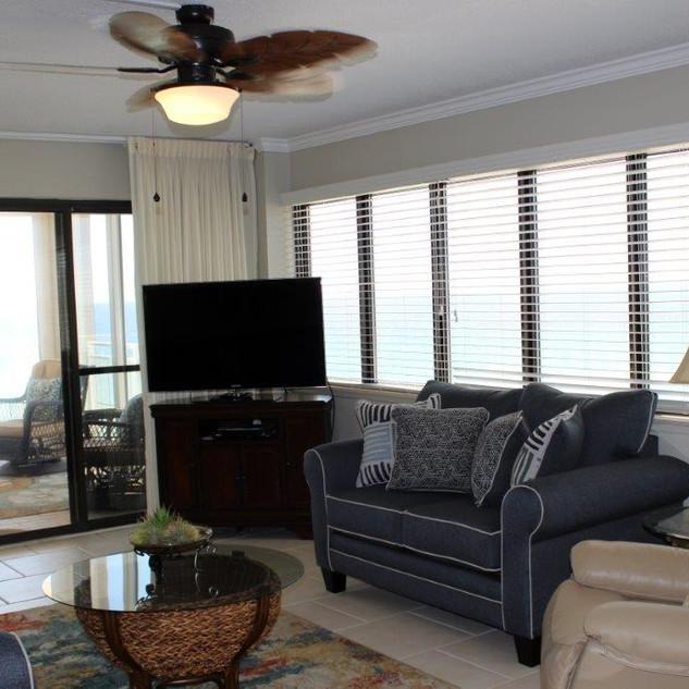 D601 Living Room (3).jpg