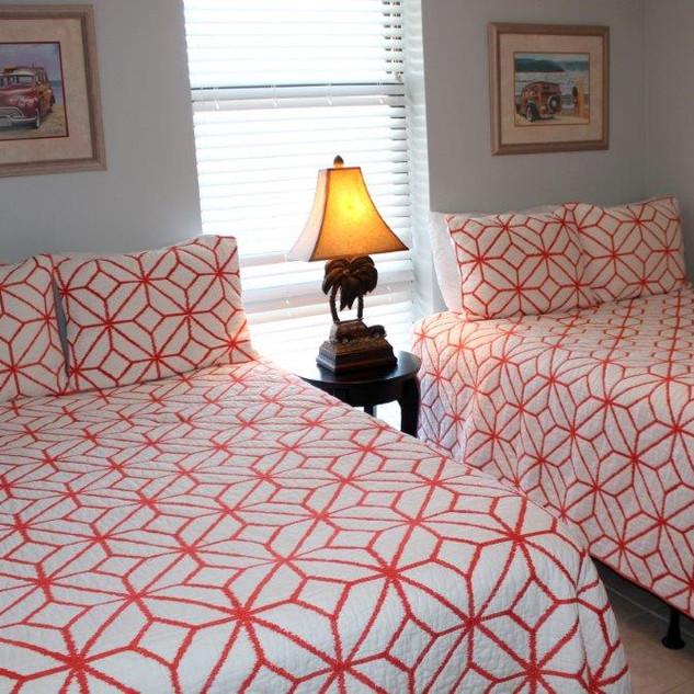 E802 Guest Bedroom (9).jpg