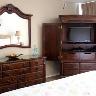 E1604 Master Bedroom (3).jpg