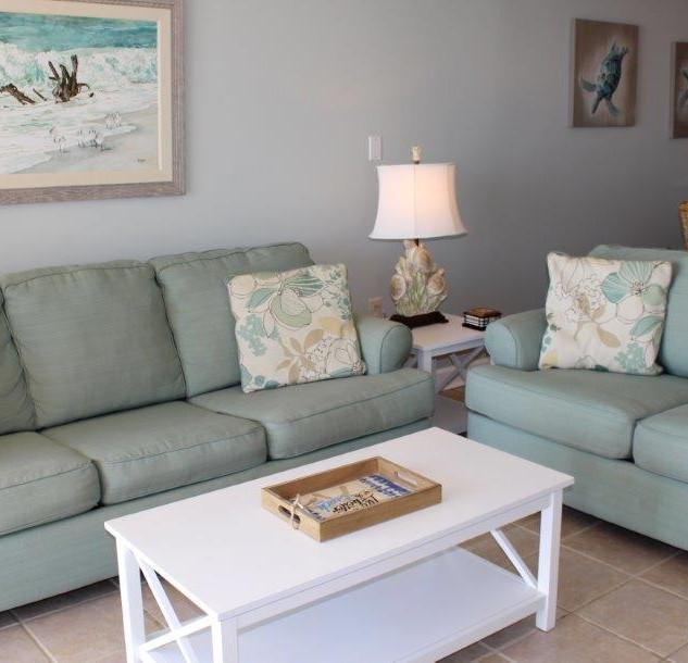 E802 Living Room (20).jpg