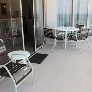 Balcony Dining Seating