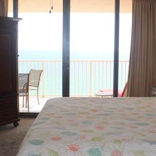 E1604 Master Bedroom (2).jpg