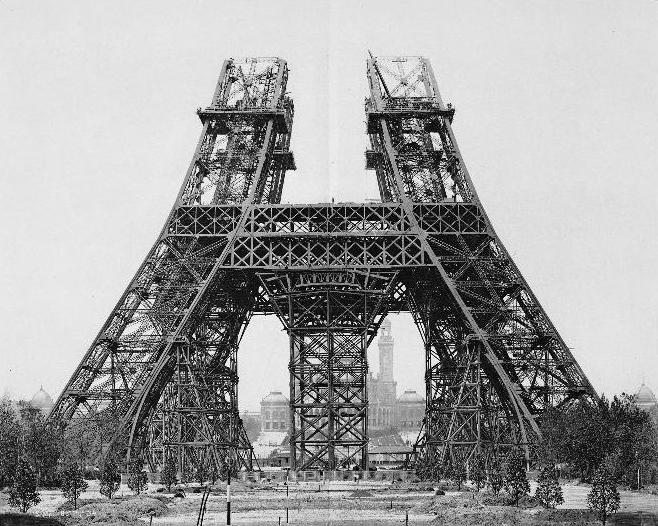 Paris-Torre-Eiffel-construção02