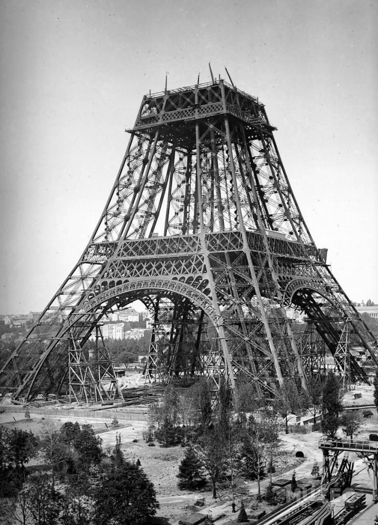 Paris-Torre-Eiffel-segundo-andar