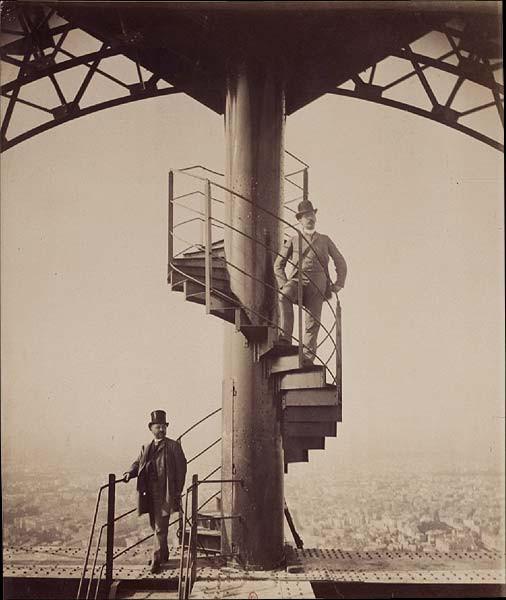 Paris-Torre-Eiffel-Gustave
