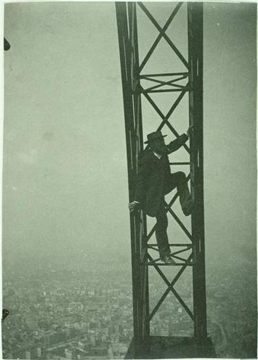 Paris-Torre-Eiffel-construtores2