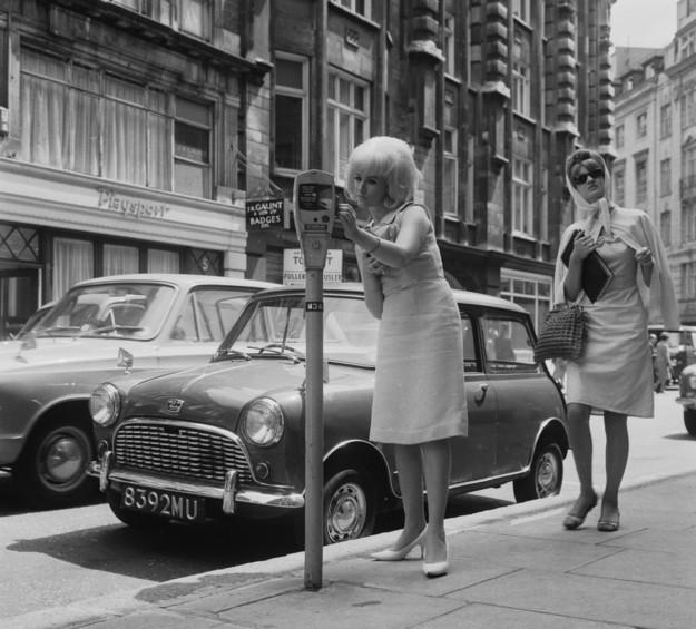 look-parisiense-1964