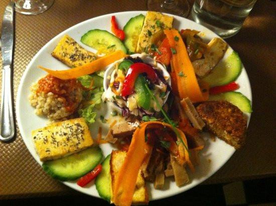restaurante-vegetariano-le-grenier-notre-dame-paris