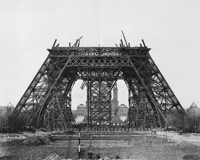 Paris-Torre-Eiffel-primeiro-andar