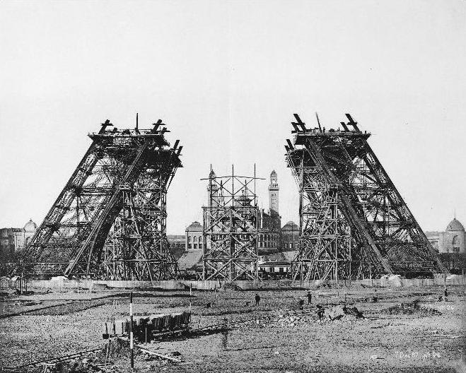 Paris-Torre-Eiffel-construção
