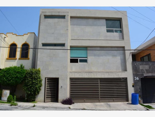CASA EN COLINAS DE SAN JERONIMO