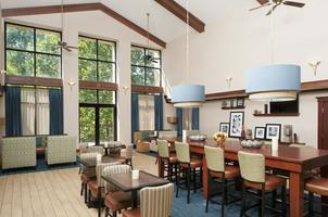 Hampton Inn Breakfast area