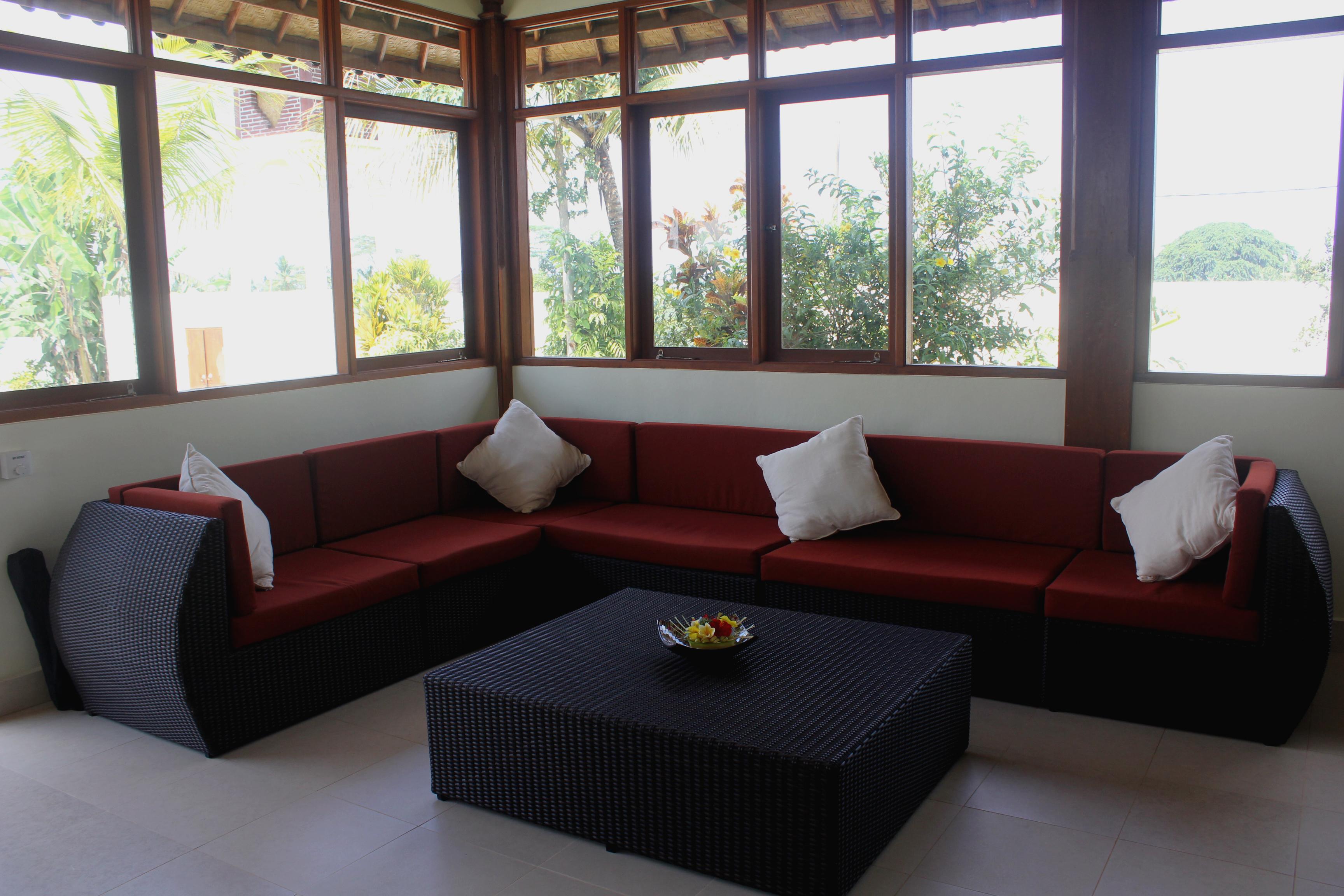 Lounge in Sun room