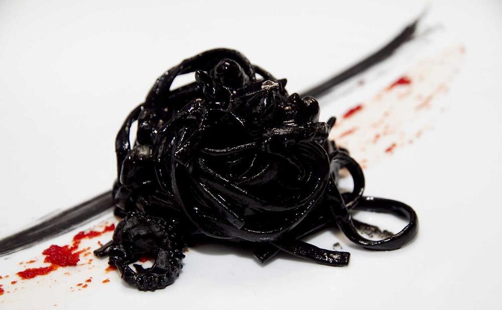 linguine-nero-seppia-de-bellis-sepe-salotto-culinario-roma.jpg