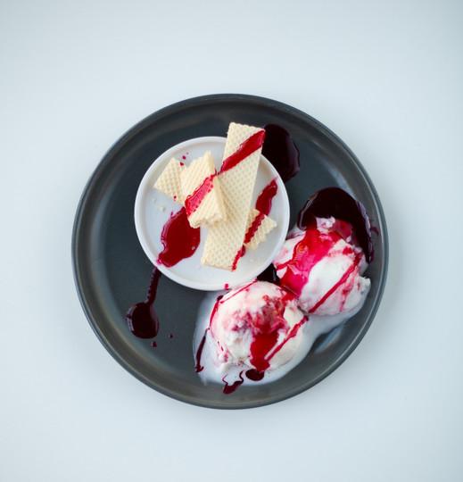 White Chocolate & Raspberry Ice Cream