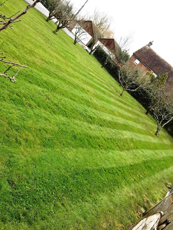 grounds maintenance kent, mowing