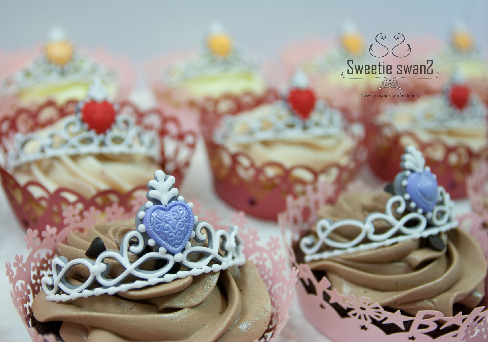 Icing tiara cupcake-2 small