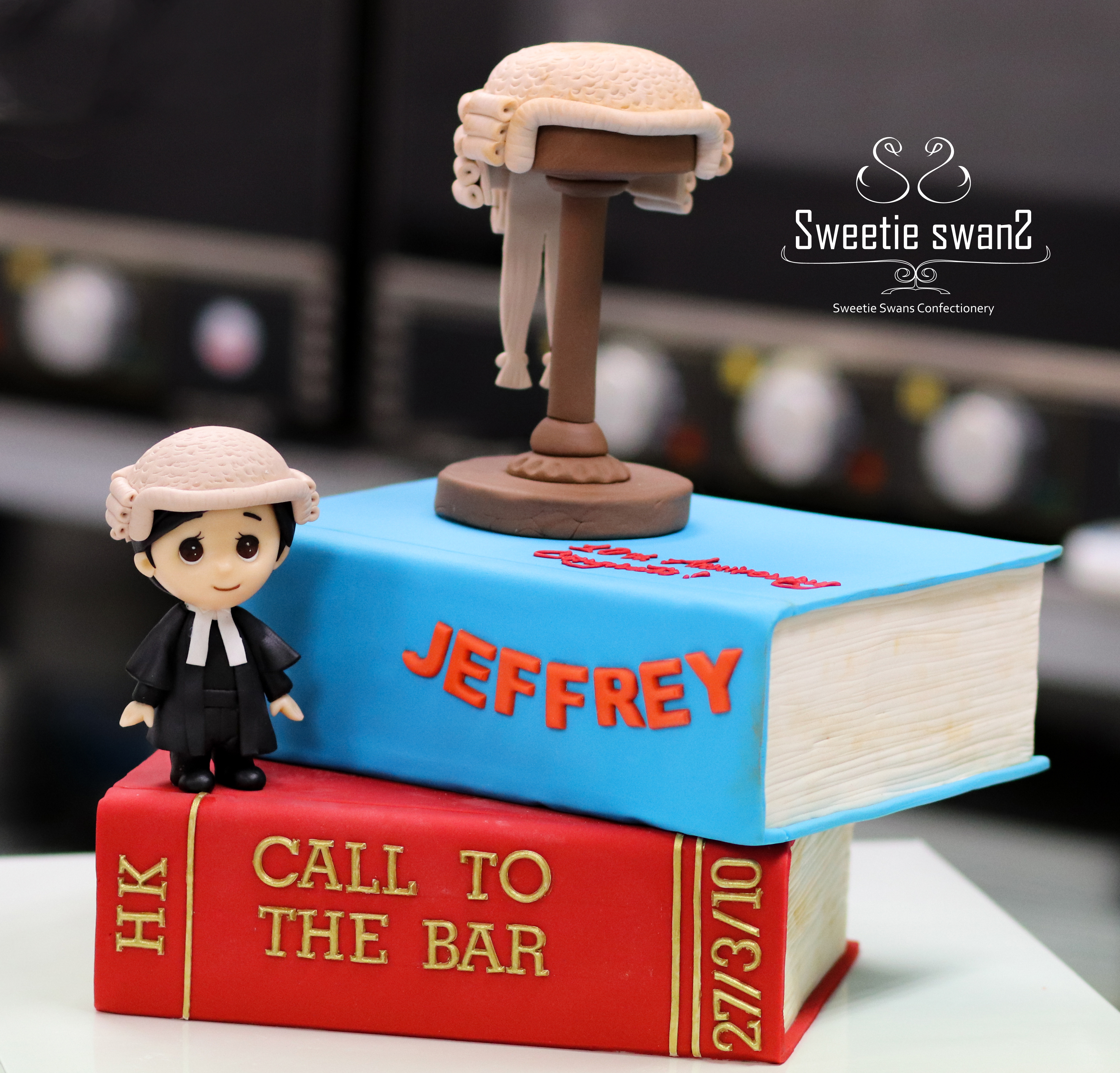 Barrister cake-2