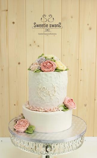 2016 Sept wedding cake.JPG