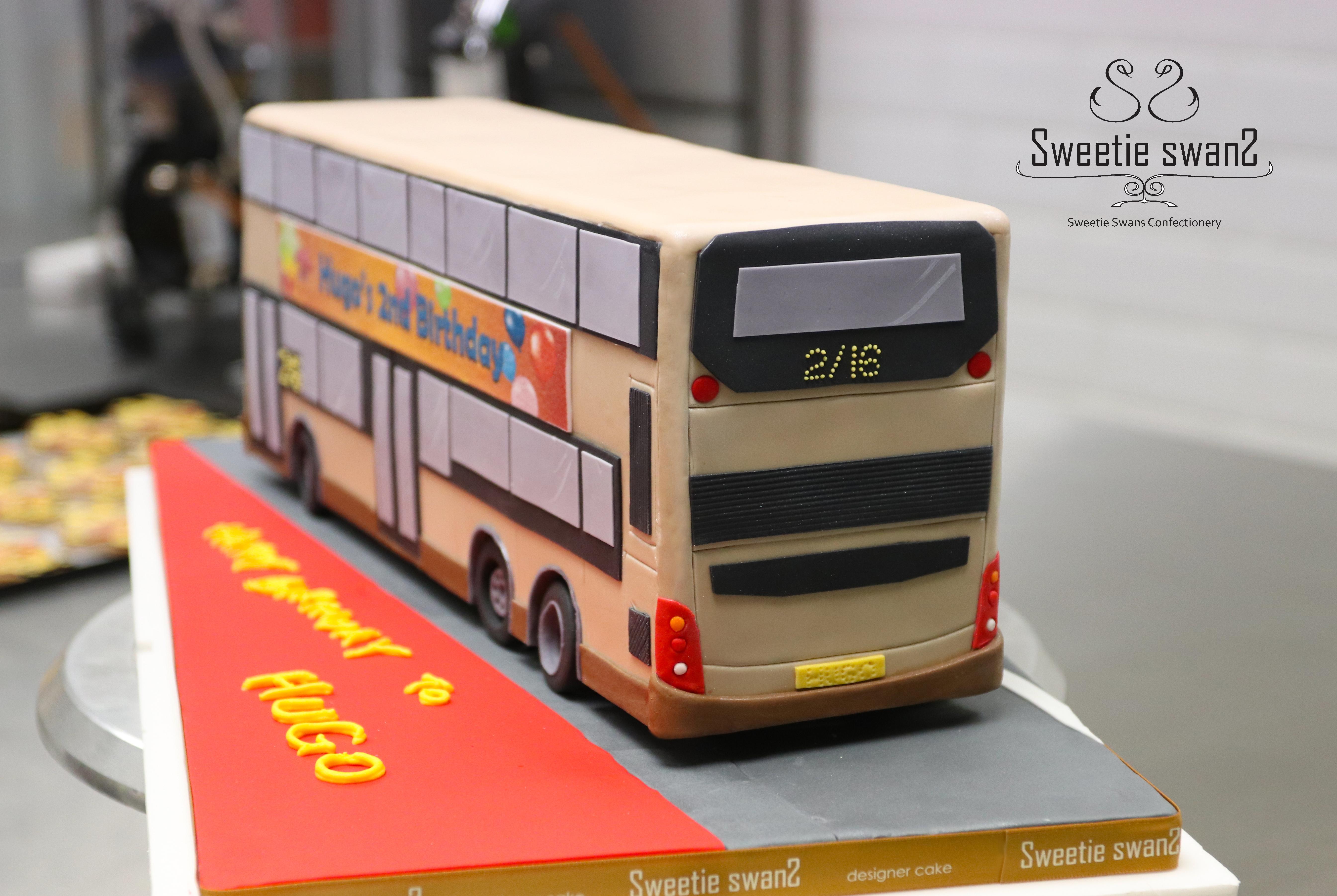 Volvo bus-1