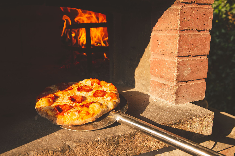 A  photo of pizza at The British Oak.
