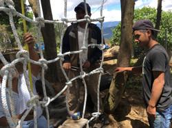 construyendo la red de cuerdas
