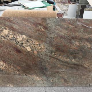 Crema Bordeaux 54x33
