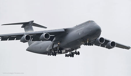 BLUR C-5M_Super_Galaxy_avion_USA_A102.jp