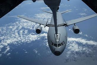 kc-10-extender-refueling-usaf-united-sta