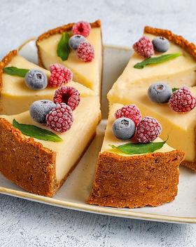 homemade-newyork-cheesecake-with-frozen-