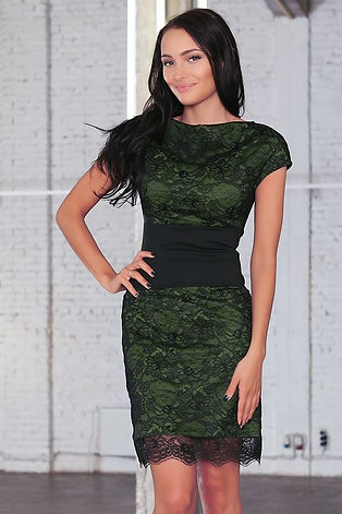 Кружевное, дизайнерское платье от российского дизайнера Полины Ефимовой