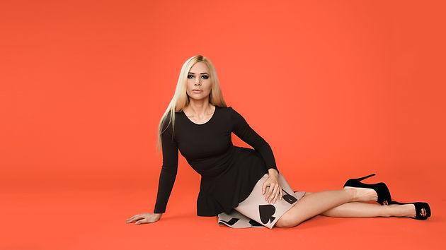 Бежевая юбка от российского дизайнера одежды Полины Ефимовой
