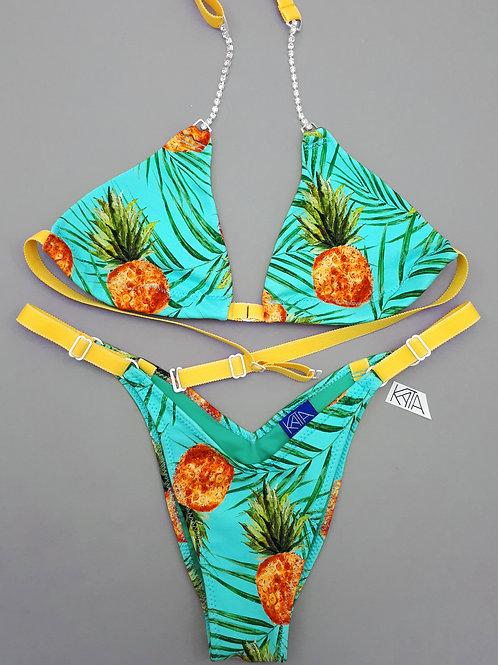 Pineapple posing practice bikini/wellness/figure suit kata.apparel