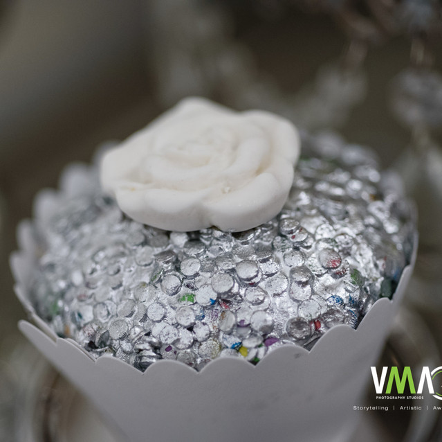 Sequins Cupcakes