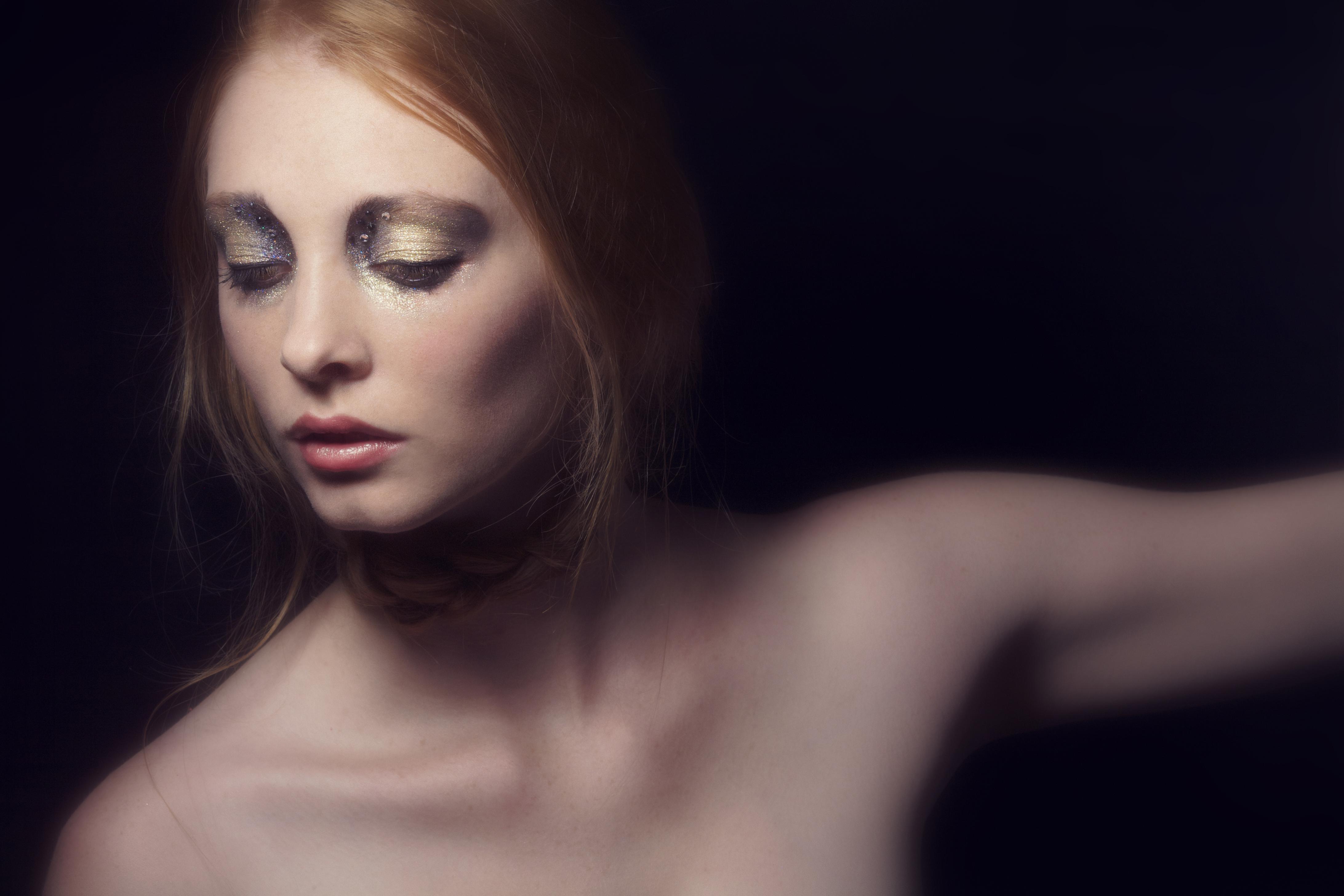 photographe_tours_paris_beauté_bijoux_makeup_book_artiste08