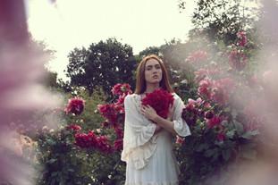 Isol Buffy portrait tours paris romantiq