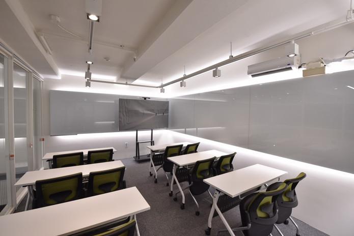 Meeting Room 6.jpg