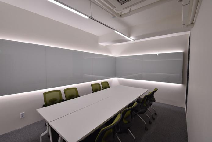 Meeting Room 7.jpg