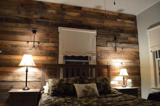 Pallet Wood Wall Installation
