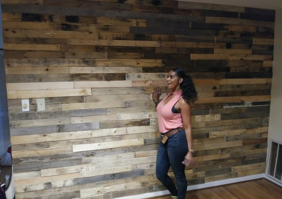 Pallet Wood Wall In Gainesville, TX