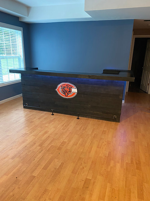 10 Ft. L Shape - Stained Black w/ Chicago Bears Logo