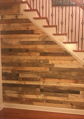 Pallet Wood Wall Design On Stair Wall
