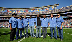 30.Charger Hall of Famers 11-11 (1)
