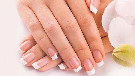 manicure (2)_edited_edited.jpg