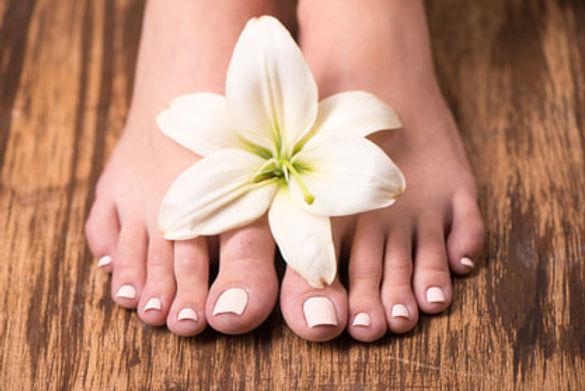 bigstock-female-feet-with-spa-pedicure-6