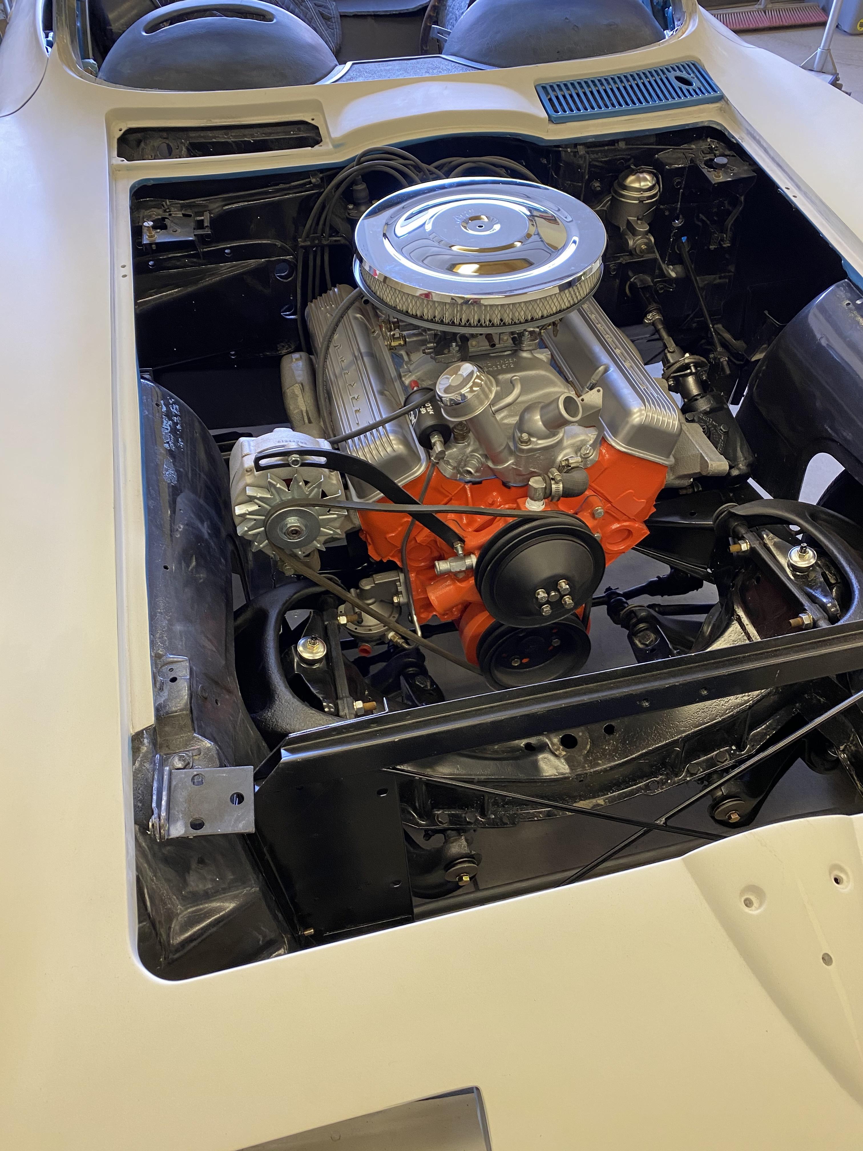 Schrad 63 Vette Engine
