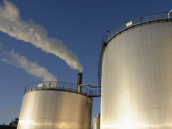 LNG industry boom compromises climate goals