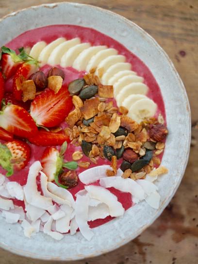 Erdbeer-Smoothie Bowl