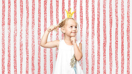 Jeune fille dans Photo Booth