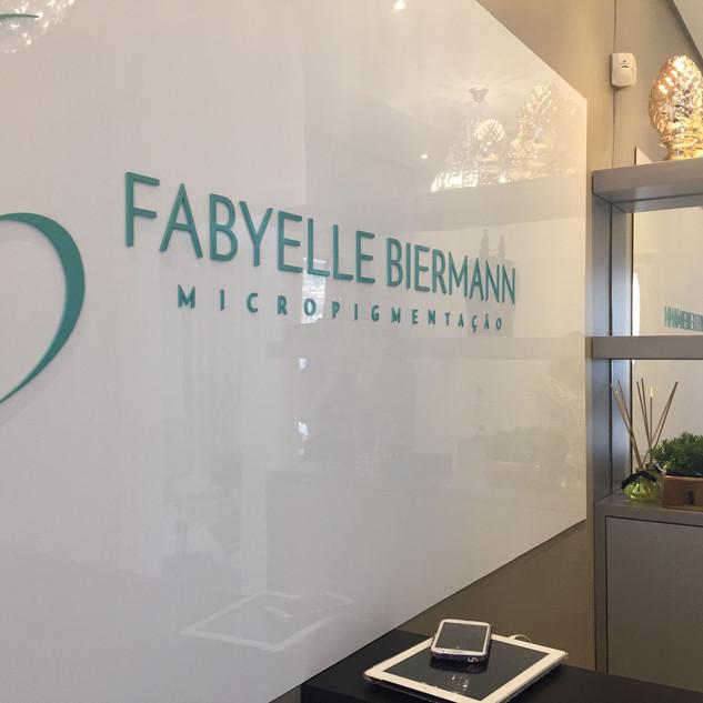 Fabyelle Birman - Instituto de Beleza